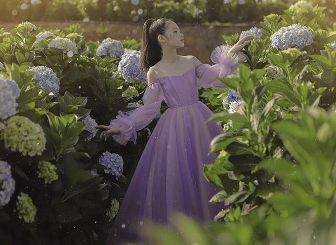 Bảo Hà diện váy công chúa dạo chơi ở Đà Lạt - 10