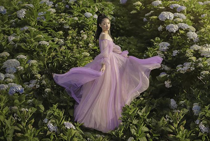 Bảo Hà diện váy công chúa dạo chơi ở Đà Lạt - 12