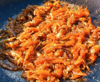 Cá cơm khô kho tiêu - 4