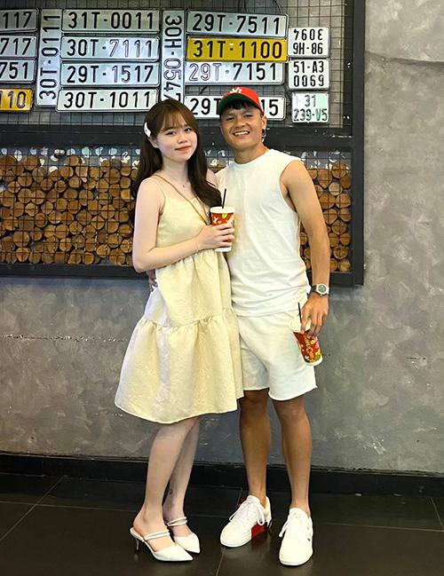 Quang Hải đăng ảnh tình cảm mừng sinh nhật bạn gái. Ảnh: QH.