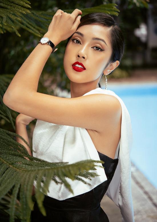 Bộ ảnh do nhà thiết kế Hà Thanh Duy, Đào Minh Nhật và một số thương hiệu thời trang hỗ trợ thực hiện.