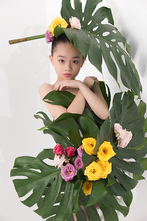 Nhiều mẫu nhí thể hiện khả năng tạo dáng và thần thái không thua kém người mẫu chuyên nghiệp khi chụp ảnh ảnh beauty.