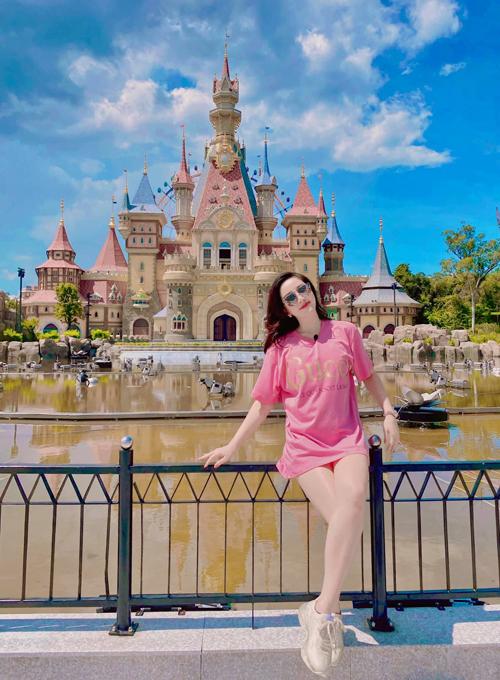 Bảo Thy check in hồ bơi tròn như quay compa hiếm có ở Việt Nam - 6