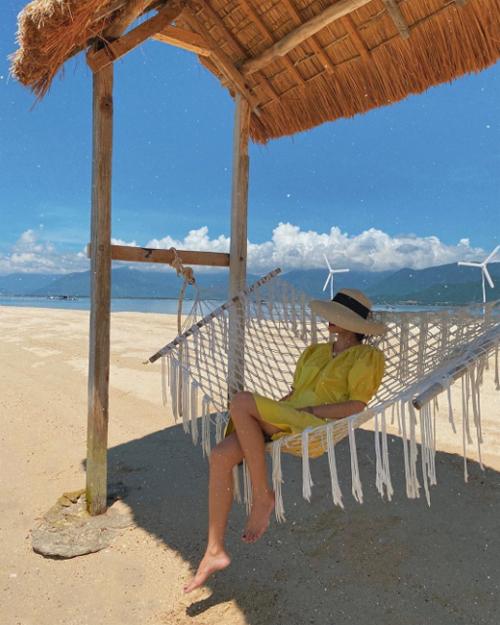Hòn đảo hoang sơ nơi gia đình Hà Tăng check in chóng vánh
