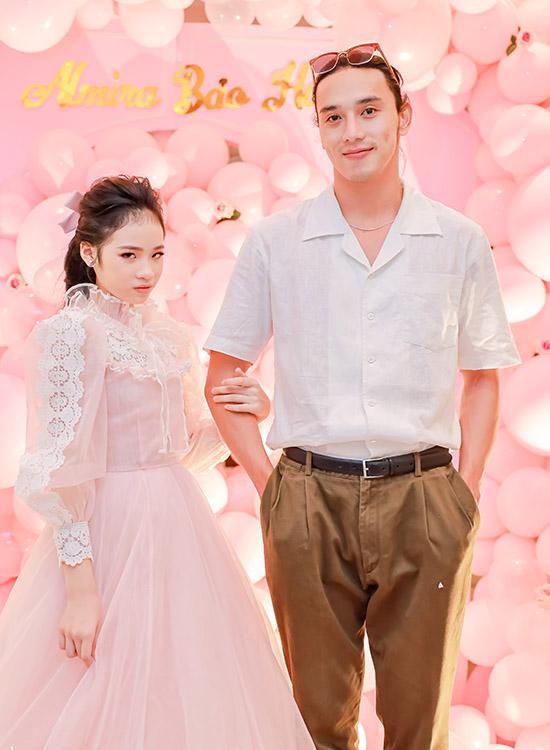 Diễn viên, người mẫu Thuận Nguyễn mừng đàn em tròn 11 tuổi.