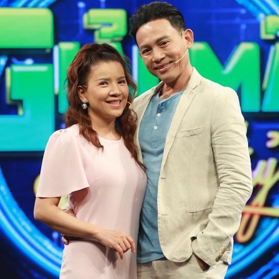 Bên cạnh diễn xuất, nữ diễn viên còn tham gia một số chương trình truyền hình, talkshow.