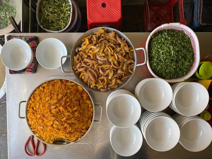 Quang Vinh truy quét các quán ăn ngon ở Hải Phòng - 6
