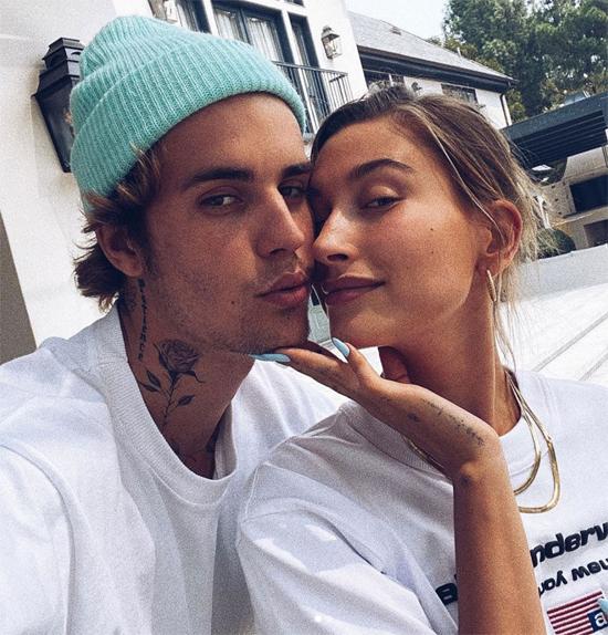 Vợ chồng Justin Bieber đăng ảnh đi picnic nhân dịp kỉ niệm 2 năm kết hôn - ảnh 1