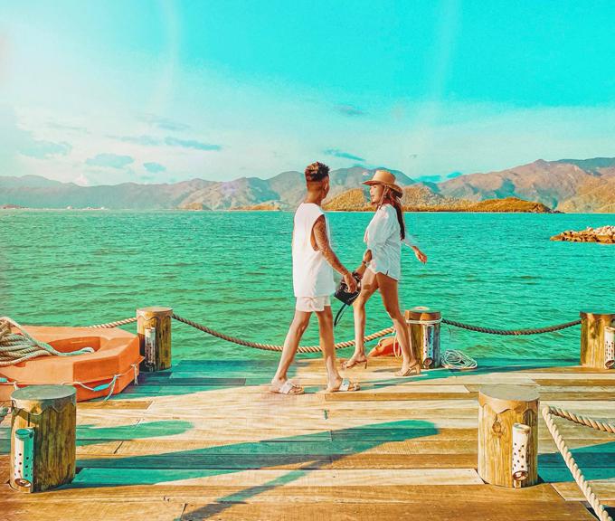 Nhà Minh Nhựa đi resort ngôi sao, check in đường Điệp Sơn