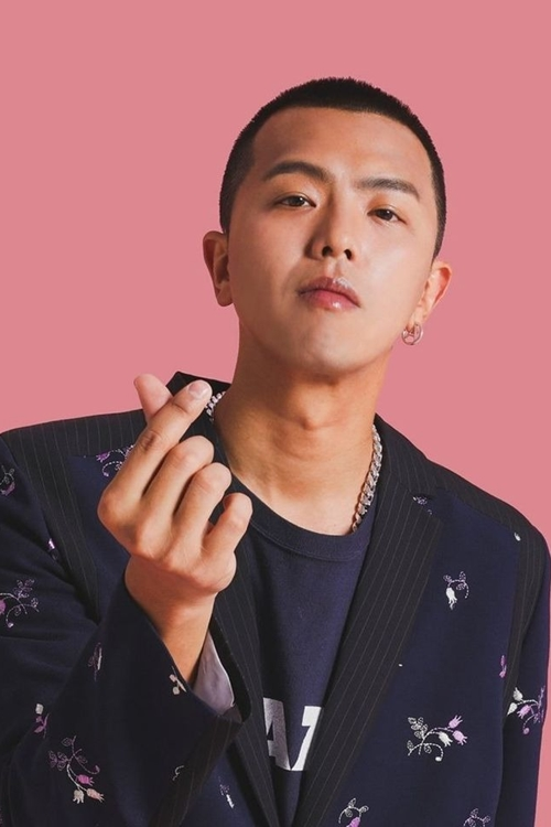 MC - ca sĩ - diễn viên Đài Loan Huỳnh Hồng Thăng.