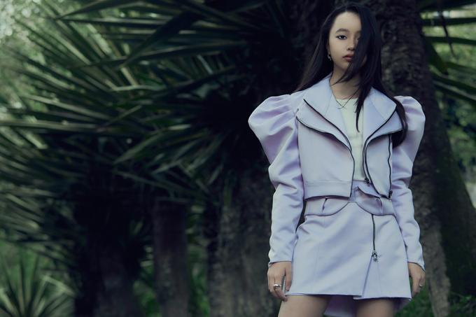 Các mẫu thiết kế mới nhất của Ivan Trần sẽ được trình làng trong show diễn Ivan 6 dự kiến tổ chức tại TP HCM vào ngày 19/8.