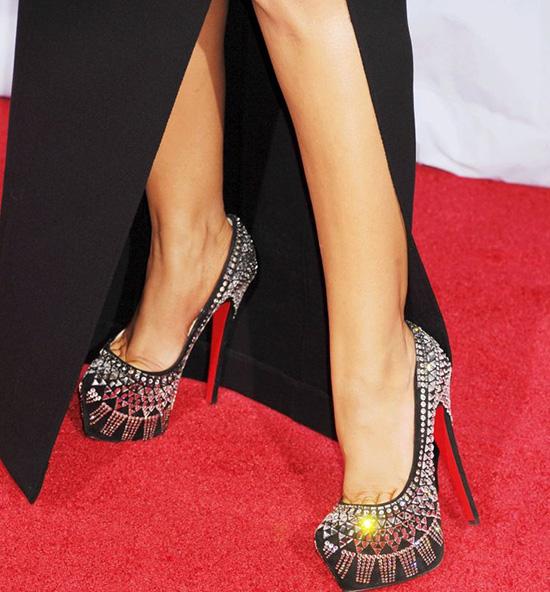 Đế đỏ là điểm đặc trưng của những đôi giày Louboutin.