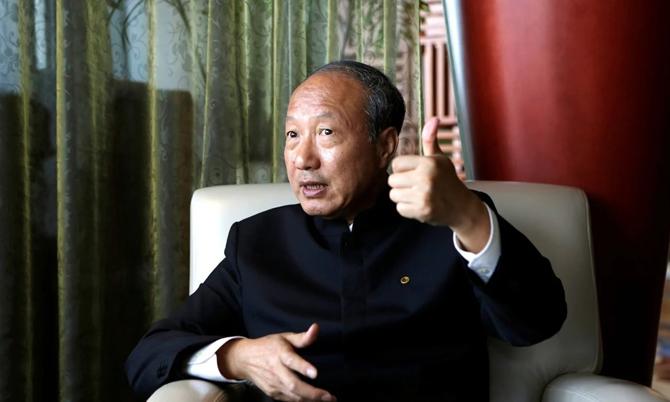 Tỷ phú Trung Quốc bị cấm chi tiêu xa xỉ do không trả nợ