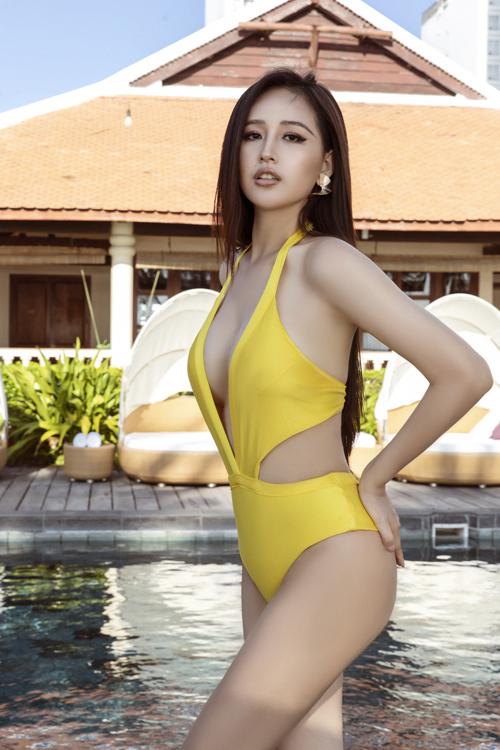 Các mẫu áo tắm được Mai Phương Thúy lựa chọn trong bộ ảnh mới thuộc thương hiệu thời trang do siêu mẫu Hà Anh sáng lập.