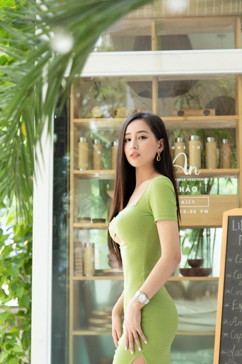 Sao Việt chọn đồ tôn eo con kiến - 6