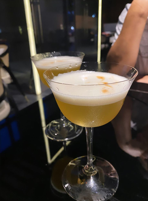 [Caption] whisky sour must have cho dating