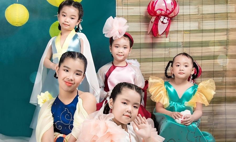 Thời trang Trung thu sắc màu cổ tích cho bé