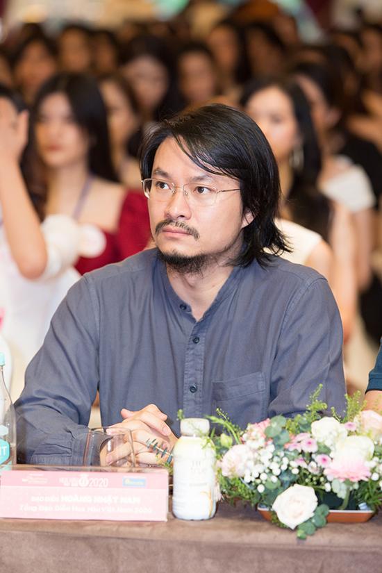 Hoàng Nhật Nam là tổng đạo diễn của chương trình.