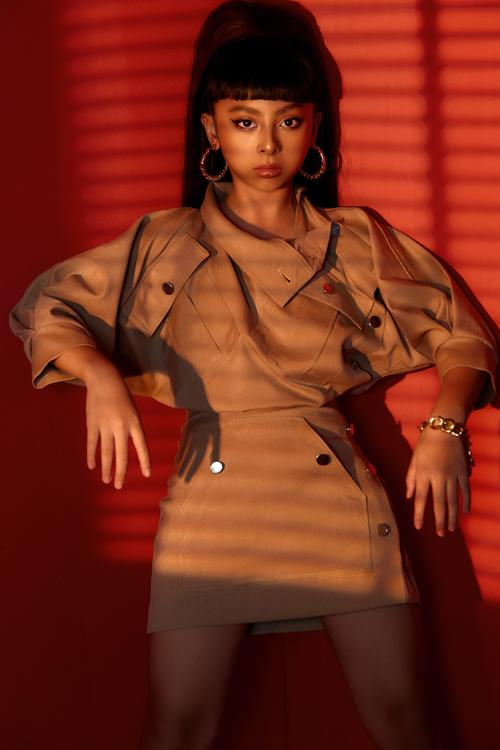 Yếu tố hợp mùa - hợp mốt và theo đúng khuynh hướng thời trang được ưa chuộng luôn được nhà thiết kế Thanh Huỳnh chắt lọc và đưa vào dòng thời trang thiếu nhi.
