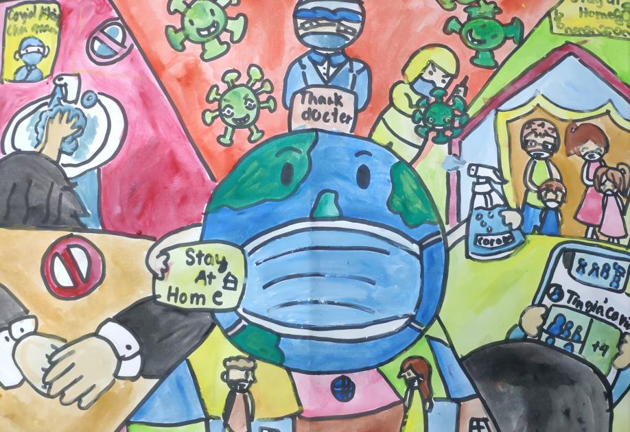 Hình ảnh bác sĩ không quản ngày đêm chữa trị cho các bệnh nhân nhiễm nCoV đã truyền cảm hứng cho bé Tuệ Lâm (10 tuổi) vẽ bức tranh này. Bé mong mọi người cùng thực hiện các biện pháp phòng dịch để bệnh không lây lan trong cộng đồng.
