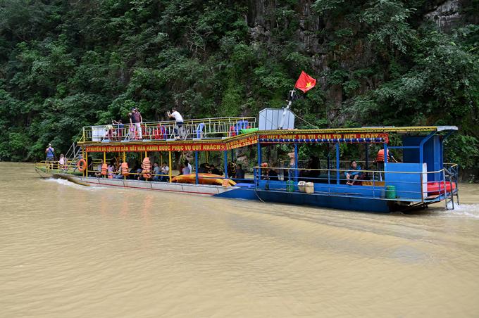 Đi thuyền sông Nho Quế - 12