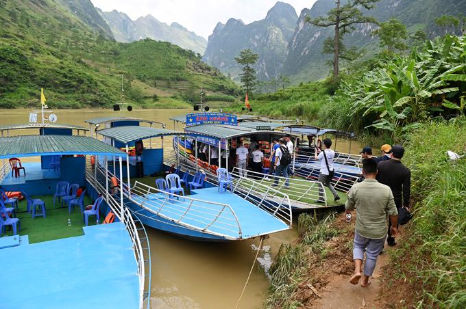 Đi thuyền sông Nho Quế - 16