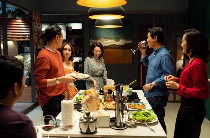 Dàn sao Tiệc trăng máu thích các món ăn ngon trong phim.