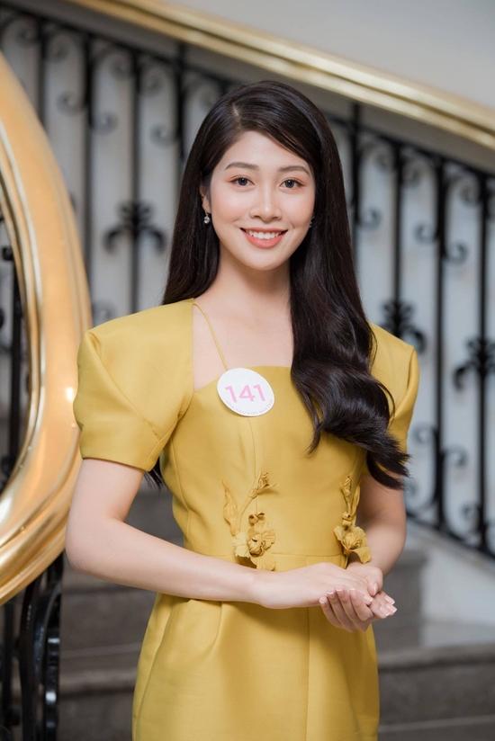 Người đẹp quê Hải Dương, năm nay 22 tuổi Nữ tiếp viên hàng không vào chung kết Hoa hậu VN 2020