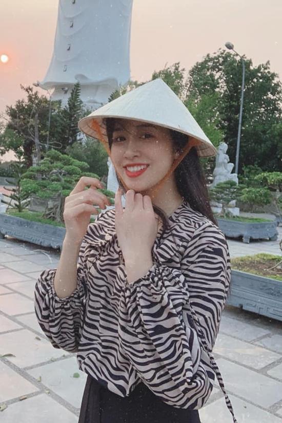 Vợi lợi thế công việc, Vân Ly có cơ hội đặt chân đến nhiều vùng đất khác nhau tại Việt Nam lẫn quốc tế. Nữ tiếp viên hàng không vào chung kết Hoa hậu VN 2020