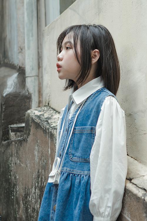 Bộ ảnh được thực hiện với sự hỗ trợ của nhiếp ảnh Bắc Nguyễn, Nhật Linh.