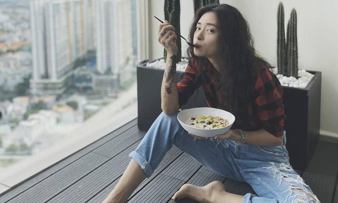 Bữa sáng ngon miệng, đẹp dáng của sao Việt