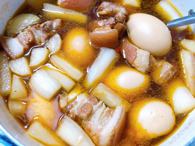 Thịt kho củ cải trắng - 2