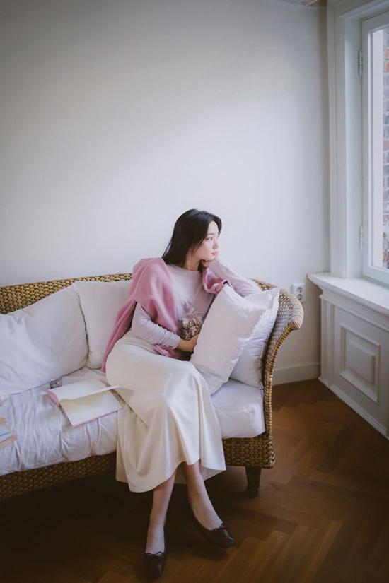 Đầm cổ điển mùa thu cho nàng công sở - 10