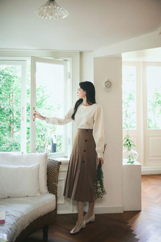 Đầm cổ điển mùa thu cho nàng công sở - 4