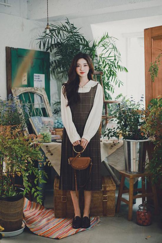 Đầm cổ điển mùa thu cho nàng công sở - 20