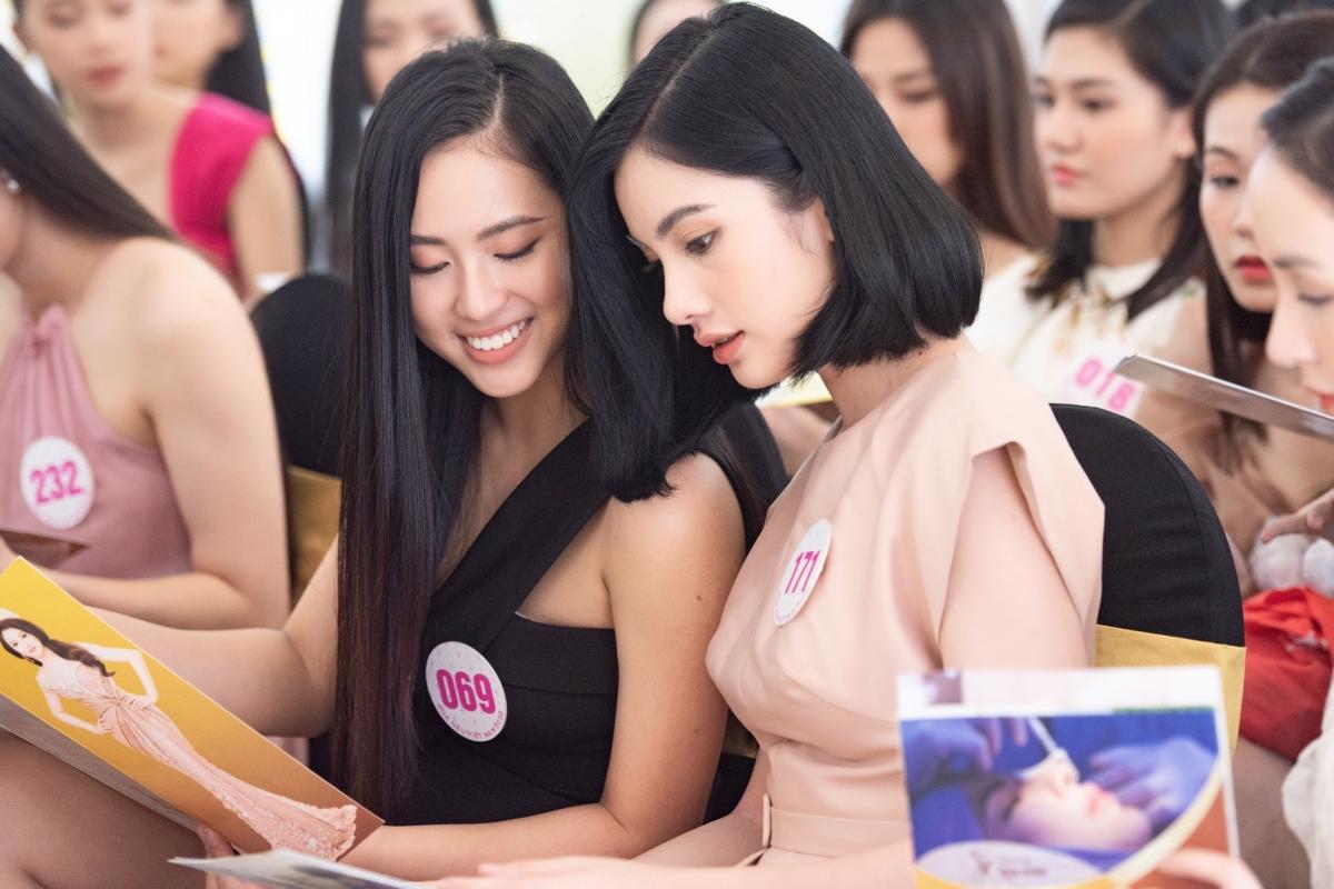 Nữ sinh được khen đẹp hơn cả Tiểu Vy vào chung kết Hoa hậu VN - 14