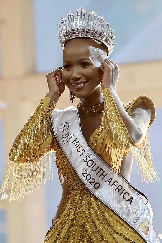 Tân hoa hậu có nhan sắc ấn tượng. Dự kiến cô sẽ đại diện Nam Phi dự thi Hoa hậu Hoàn vũ vào mùa hè năm sau. Cô sẽ đối diện nhiều áp lực khi nhiều hoa hậu tiền nhiệm giành giải cao: chiến thắng năm 2017 và 2019, á hậu 1 năm 2018.