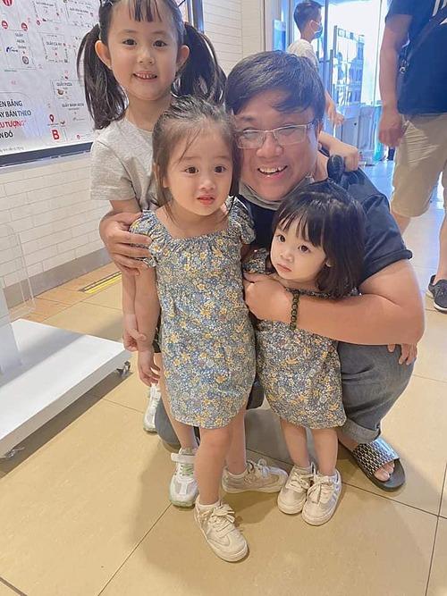 Gia Bảo đưa con gái và hai cháu (con của em gái Bảo Ngọc và chồng cũ Hoài Lâm) đi chơi.