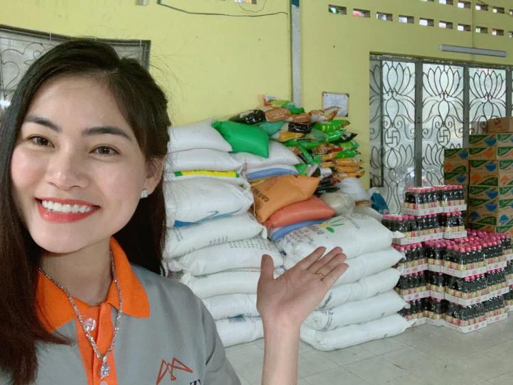 Nữ CEO Mỹ Tiên thường dành nhiều thời gian cho các hoạt động thiện nguyện. Ảnh: Hải Âu Việt.