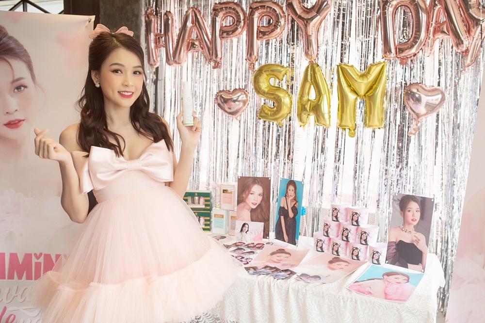 Ngô Kiến Huy, Jun Phạm mừng sinh nhật tuổi 31 của Sam - 6