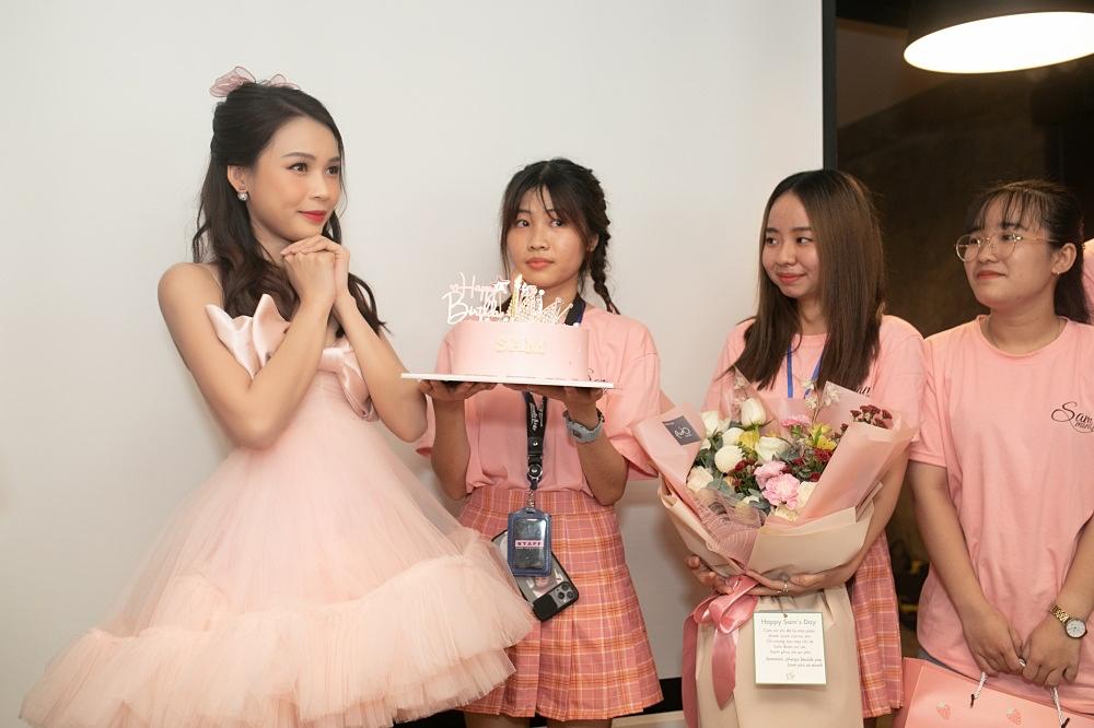 Ngô Kiến Huy, Jun Phạm mừng sinh nhật tuổi 31 của Sam - 8