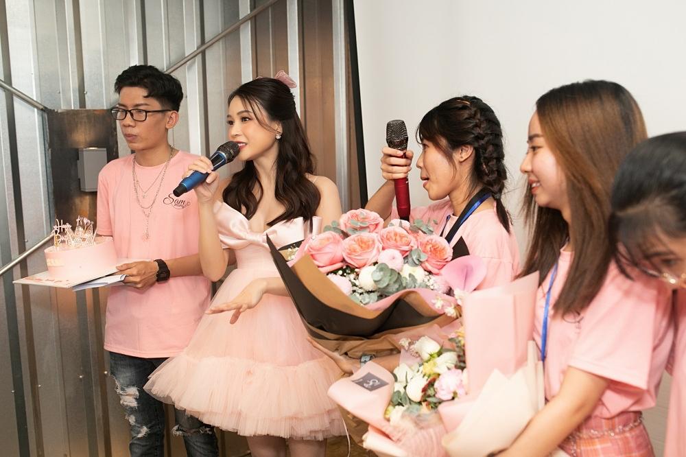 Ngô Kiến Huy, Jun Phạm mừng sinh nhật tuổi 31 của Sam - 10