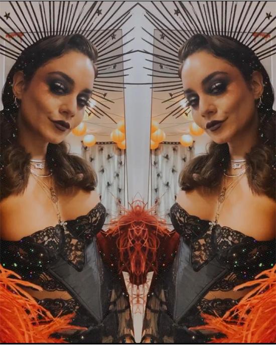 Ngày hôm sau, Vanessa Hudgens biến hóa với hình ảnh vũ công sexy như trong phim ca nhạc Cabaret.