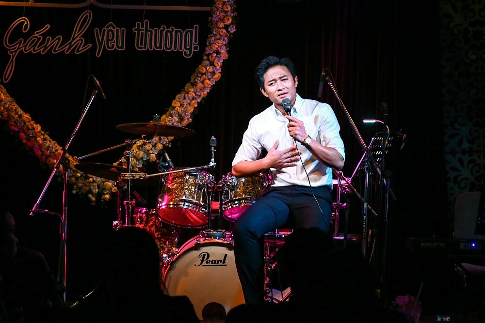 Đêm nhạc của Quý Bình quyên 1 tỷ đồng cho miền Trung