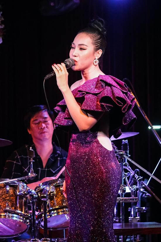 Đêm nhạc của Quý Bình quyên 1 tỷ đồng cho miền Trung - 16