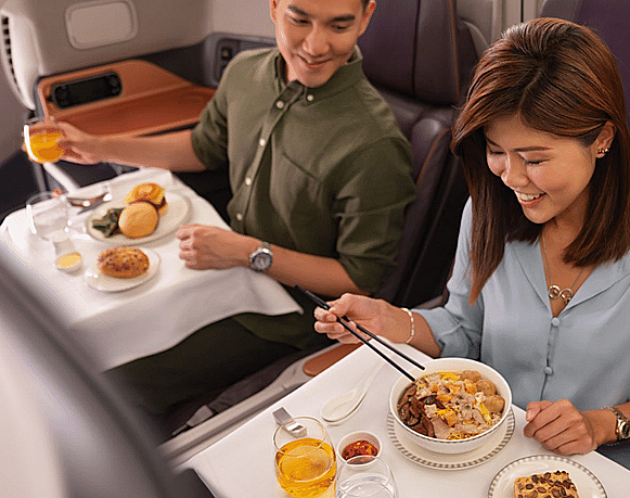Máy bay của Singapore Airlines biến thành nhà hàng