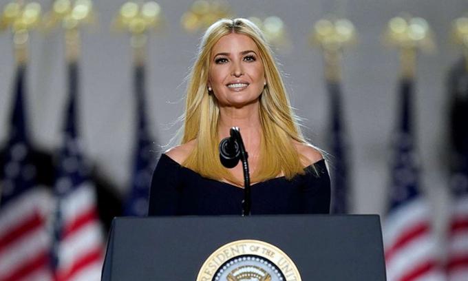 Ivanka Trump tại Đại hội Toàn quốc đảng Cộng hòa ở Nhà Trắng hôm 27/8. Ảnh: AP.