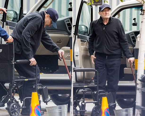 Phil Collins chống gậy, ngồi xe lăn ở Anh vào đầu tuần này.