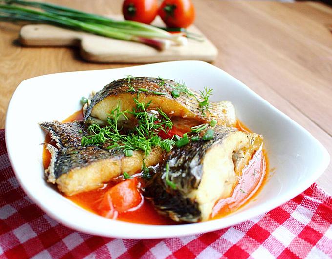 Cá rô phi sốt cà chua