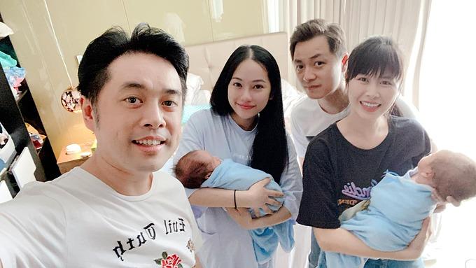 Vợ chồng Đăng Khôi - Thủy Anh đến thăm hai con song sinh nhà nhạc sĩ Dương Khắc Linh.